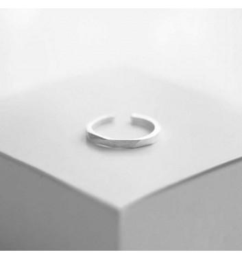 "Ring ""Geometric brink"""