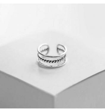 "Ring ""Three lines"""