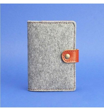 Обкладинка для паспорта 3.0 Фетр Коньяк