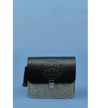 7b03d52a8573 Buy men s and women s bags and backpacks  leather