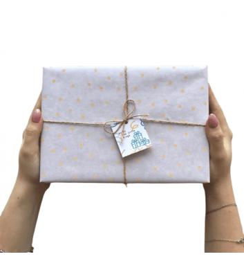 Упаковка в бумагу Beige dots