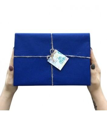 Упаковка в бумагу Dark blue