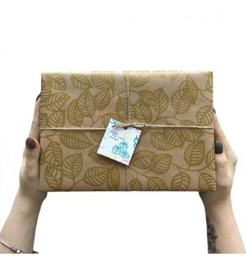 Упаковка в бумагу Craft Leaves